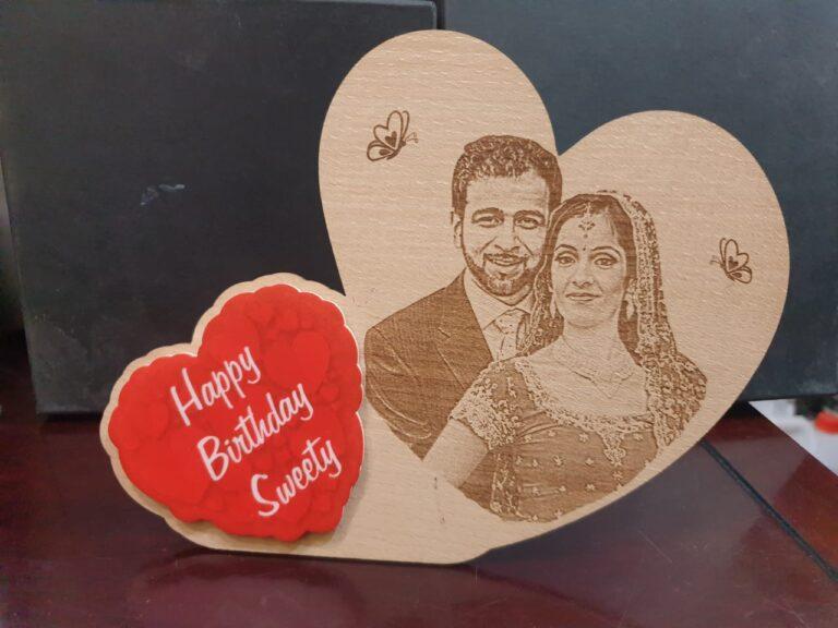 Double heart shape wooden frame